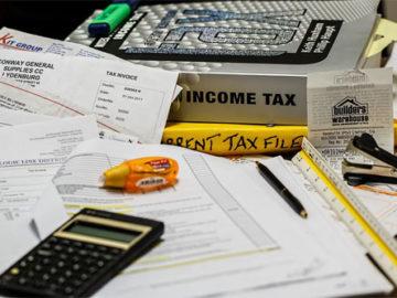 Freelance Taxes Image Credt stevepb (Pixabay)